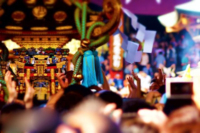 お祭りの神輿